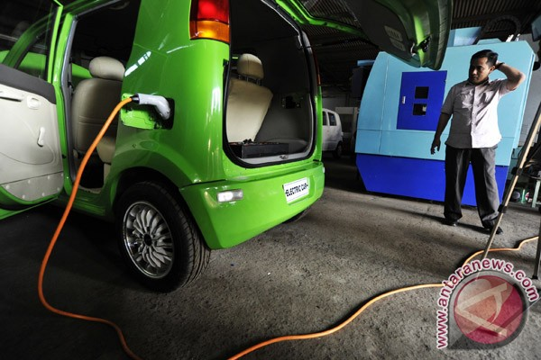 Dahlan Iskan akan kendarai mobil listrik ke Yogyakarta