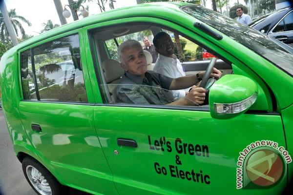 Pemerintah dorong produksi 10.000 mobil listrik