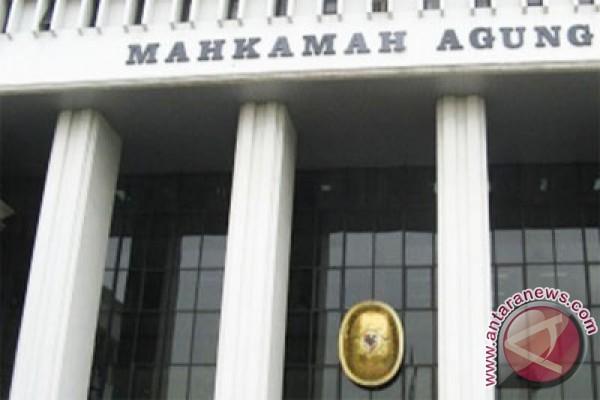 Gaji hakim Indonesia tertinggi se-Asia