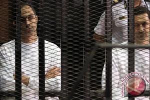 Pengadilan Mesir bebaskan dua putra Mubarak