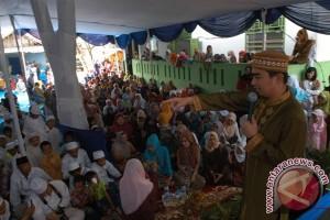 Ustadz Solmed juri Musabaqoh Kitab Kuning PKB