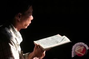 Iqro: Bacalah Al Qur'an !