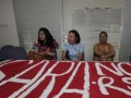 Aktivis sosial Crisis Centre, Ranta Sarumpaet (kedua kiri) bersama Ketua Forum Masyarakat Perduli Parlemen Indonesia, Sebastian Salang (kanan), dan Masyarakat peduli Pilkada Jakarta, Ervina Ferciana (kiri) datang ke Kantor Panwaslu, Jakarta, Rabu (8/8). Mereka menuntut Panwaslu tegas menindak pelaku SARA dan, memproses pelanggaran sara dalam kampanye Pilkada DKI Jakarta. (FOTO ANTARA/Reno Esnir)