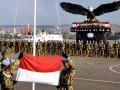 Personel Satuan Tugas Batalyon Mekanis Konga XXIII-F/UNIFIL (United Nations Interim Force In Lebanon) menggelar upacara pengibaran Bendera Merah Putih ketika menperingati HUT kemerdekaan RI di Markas Indobatt UN Posn 7-1, Ashid al Qusayr, Lebanon Selatan, Jumat (17/8). Peringatan di daerah penugasan di luar negeri tersebut berjalan sangat khidmat. (FOTO ANTARA/Lettu Inf Suwandi)