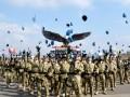 Personel Satuan Tugas Batalyon Mekanis Konga XXIII-F/UNIFIL (United Nations Interim Force In Lebanon) melampiaskan kegembiraannya dengan melempar baret mereka usai memperingati HUT kemerdekaan RI di Markas Indobatt UN Posn 7-1, Ashid al Qusayr, Lebanon Selatan, Jumat (17/8). Peringatan di daerah penugasan di luar negeri tersebut berjalan sangat khidmat. (FOTO ANTARA/Lettu Inf Suwandi)