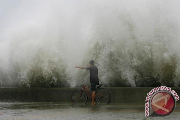 Topan Saola di Filipina, 41 orang tewas