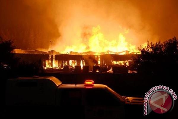Kemlu pastikan tak ada WNI korban kebakaran masjid Joplin