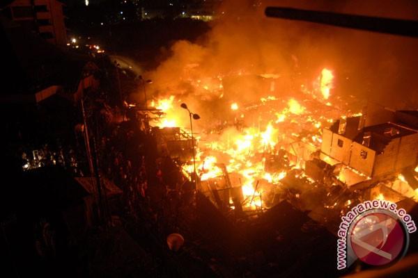 Kebakaran di Palembang pas hari Lebaran