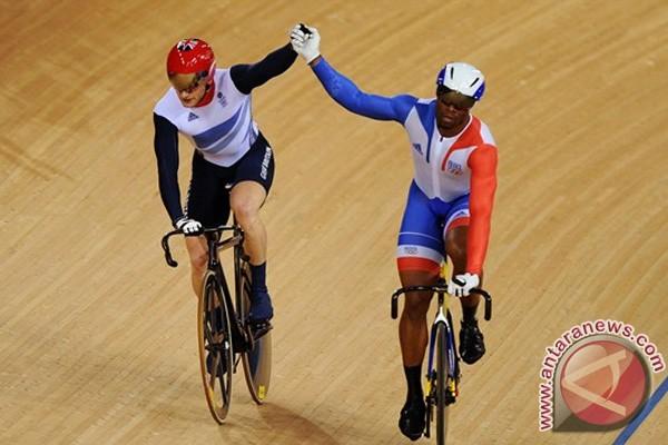 Kenny rebut emas balap sepeda sprint