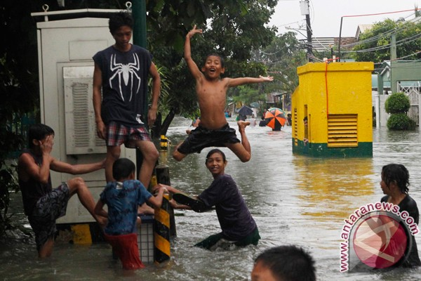 Korban banjir di Manila bertambah