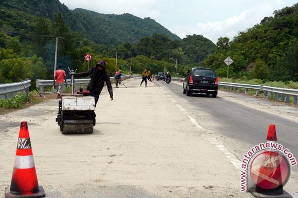Jalan darat Kalbar-Kalsel dapat ditempuh dalam 32 jam