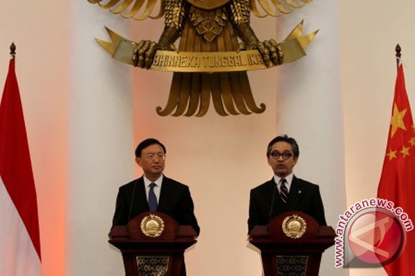 RI, China`s FM meet in Jakarta discussing South China Sea issue