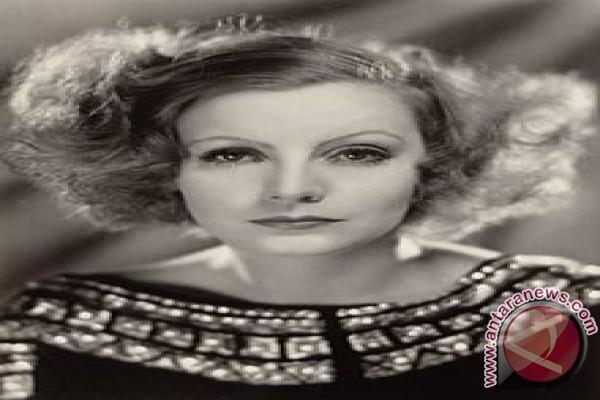 Memorabilia Greta Garbo dilelang