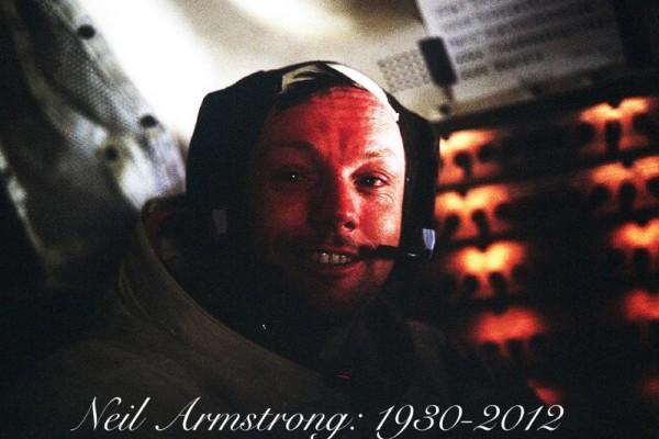 Neil Armstrong meninggal dunia