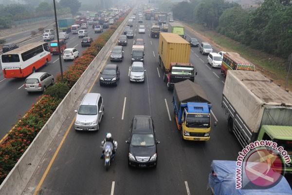 Swasta harus ikut pembangunan tol Jakarta