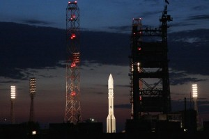 Roket bersatelit Rusia meledak usai peluncuran