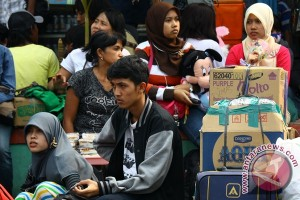 Urbanization gives rise to social problems