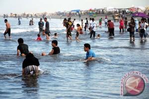 59.700 wisatawan padati Pantai Parangtritis saat libur panjang akhir pekan