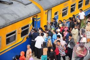 KA Cirebon-Jakarta, ini jadwal barunya mulai 10 Mei
