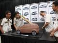 (kiri-kanan) Head Developomet Project Team PT Astra Daihatsu Motor (ADM) Embay Sunaryo, Senior Styling Designer PT ADM, Mark Widjaja, Executive Officer Research & Development Division PT ADM, Pradipto Sugondo, dan Styling Desingner Development Project Team PT ADM Isa Nova, menjelaskan tentang konsep mobil murah dan hemat energi yang mereka ciptakan, di Jakarta Utara, Rabu (19/9). Mobil karya anak bangsa yang merupakan mobil Low Cost Green Car (LCGC), sangat hemat BBM dengan kapasitas mesin 1.000 Cc dan harga yang terjangkau itu diluncurkan pada Indonesia International Motor Show (IIMS) 2012. (FOTO ANTARA/HO-Kusnadi)