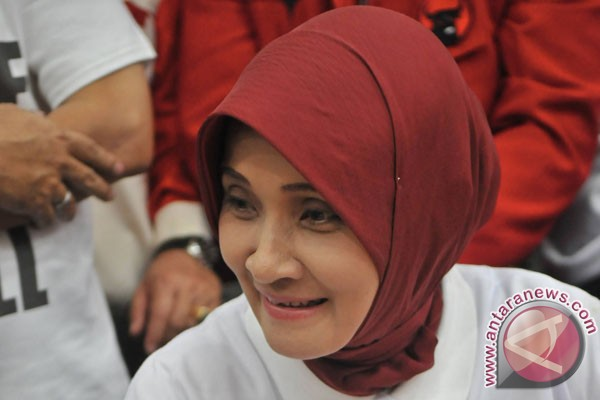 Rustriningsih resmi dukung Prabowo-Hatta