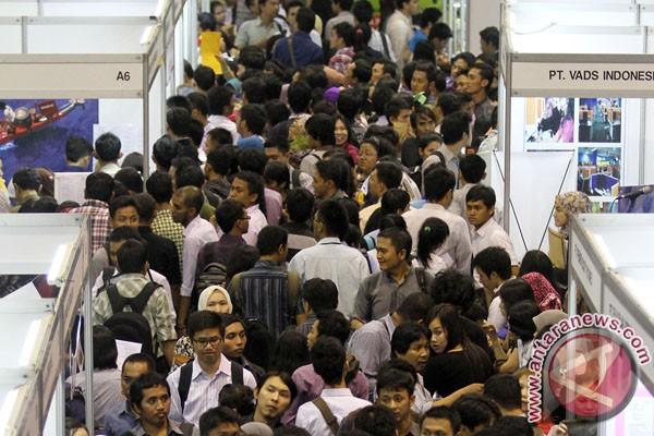 Jumlah pencari kerja terus meningkat