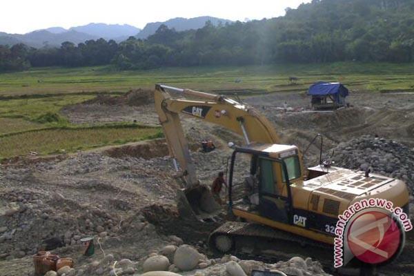 Walhi: usaha tambang gerogoti lahan pangan Sumbar