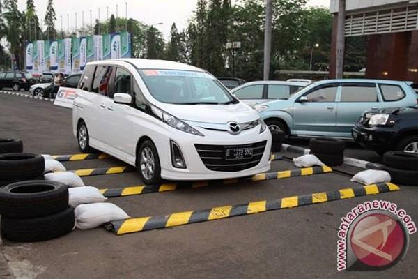 Mazda Biante, primadona terbaru mazda selama IIMS