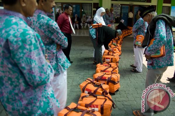 galeri foto ibadah haji 2013 haji kloter pertama solo jk ibadah haji