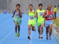 Paralimpian Jawa Tengah Bambang Wahono (kanan) melaju untuk memenangkan final lari 5.000 meter tuna daksa Peparnas XIV 2012 di Rumbai Sport Center, Pekanbaru, Senin (8/10). Kontingen Jateng mendominasi cabang atletik pada hari pertama Peparnas dengan perolehan 14 medali emas, dua perak dan empat perunggu. (FOTO ANTARA/FB Anggoro)