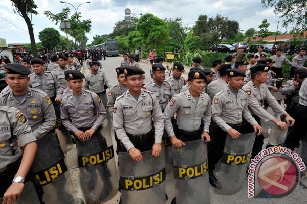 Tol Tangerang dijaga polisi terkait demo buruh