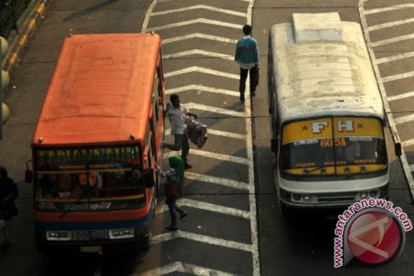 Tarif angkutan sudah mulai naik di Jakarta