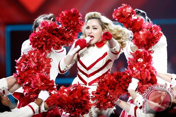 Madonna artis pop terkaya