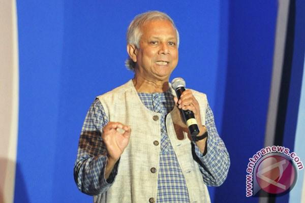 Tawaran bisnis sosial dari  peraih Nobel Muhammad Yunus