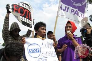 2012 terjadi 13 kekerasan terhadap jurnalis
