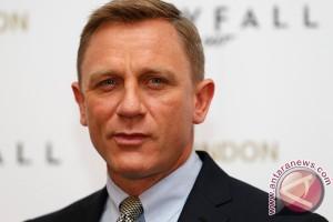 Daniel Craig pastikan kembali perankan James Bond