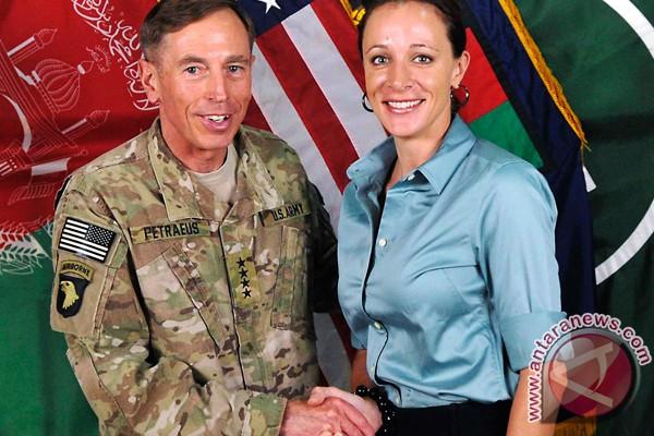 Tokoh-tokoh dalam skandal seks militer AS
