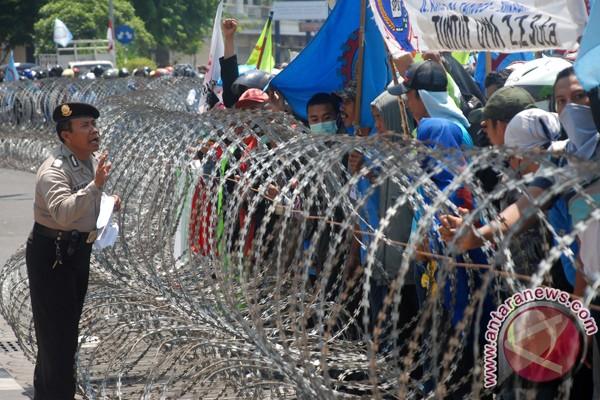 10.000 buruh Jatim rencanakan demo lagi di Surabaya