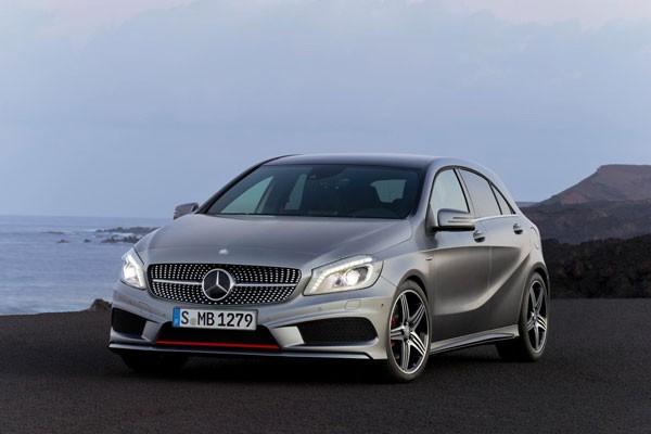 Mercedes A-Class lebih disukai daripada VW Golf 7