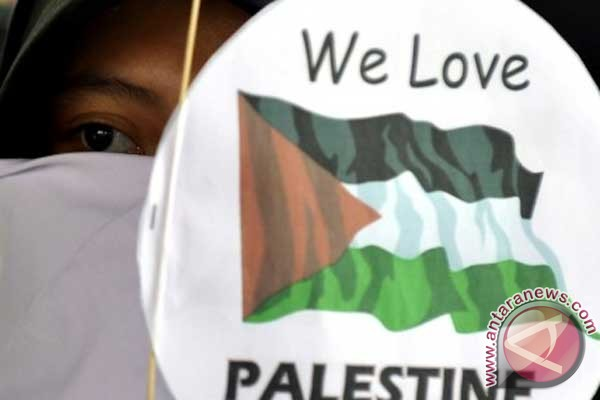 Indonesia hails Palestinian `birth certificate` of independence