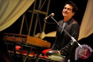 Indra Lesmana siapkan album khusus sang ayah