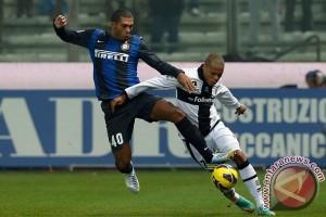 AS Roma datangkan Juan Jesus dari Inter Milan