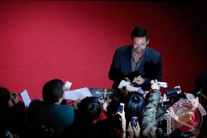 Hugh Jackman anjurkan penggemar pakai tabir surya
