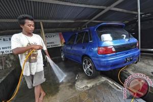 Usaha jasa pencucian mobil di Medan panen rezeki
