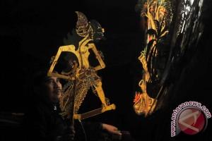 Simon Fraser University pamerkan wayang kulit kuno