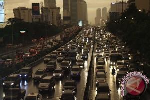 20121206Kemacetan Paska Hujan 051212 RN 4 150 ilmuwan bahas mobilitas urban di Unair