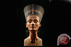 Di mana makam Ratu Nefertiti?