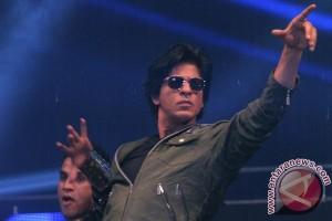 Shah Rukh Khan tidak larang anak nonton film