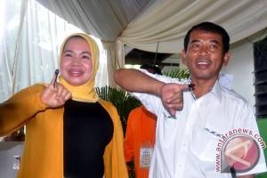 Pasangan petahana diprediksi menang pilkada Bekasi