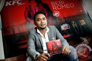 Bebi Romeo kolaborasi dengan Sandhy Sondoro